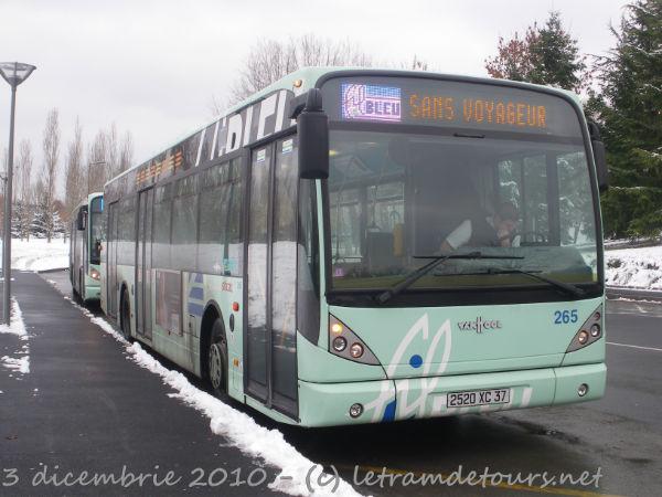 Présentation des bus 265%20Van%20Hool%20New%20A330%20-%203%20d%C3%A9cembre%202010%20(Terminus%20H%C3%B4pital%20Trousseau%20-%20Chambray-l%C3%A8s-Tours)