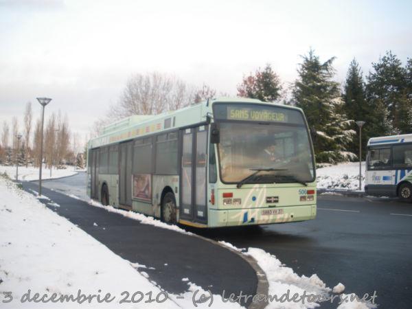 Présentation des bus 506%20Van%20Hool%20A300%20GPL%20-%203%20d%C3%A9cembre%202010%20(Terminus%20H%C3%B4pital%20Trousseau%20-%20Chambray-l%C3%A8s-Tours)%20(2)