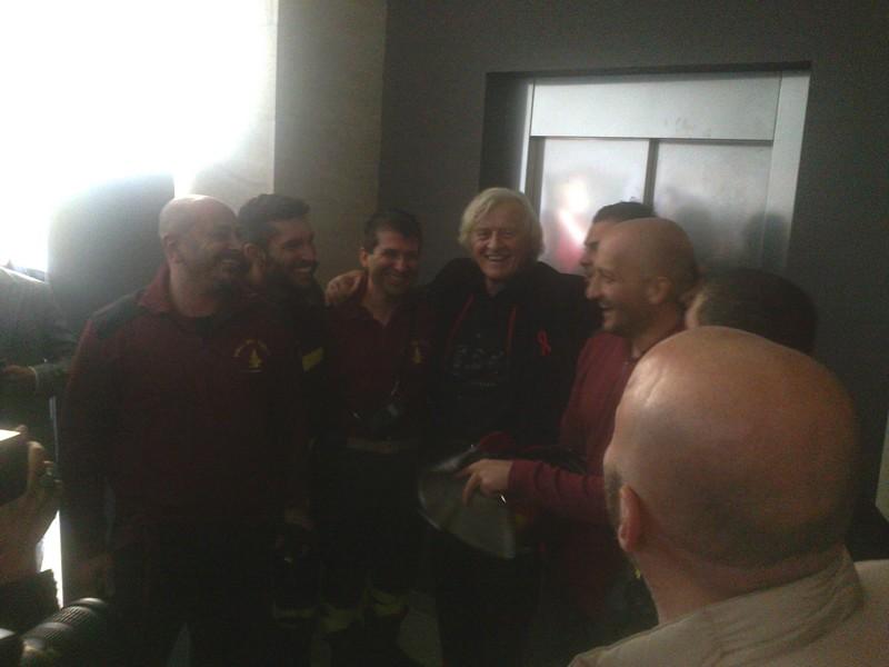Rutger Hauer salvato dai pompieri