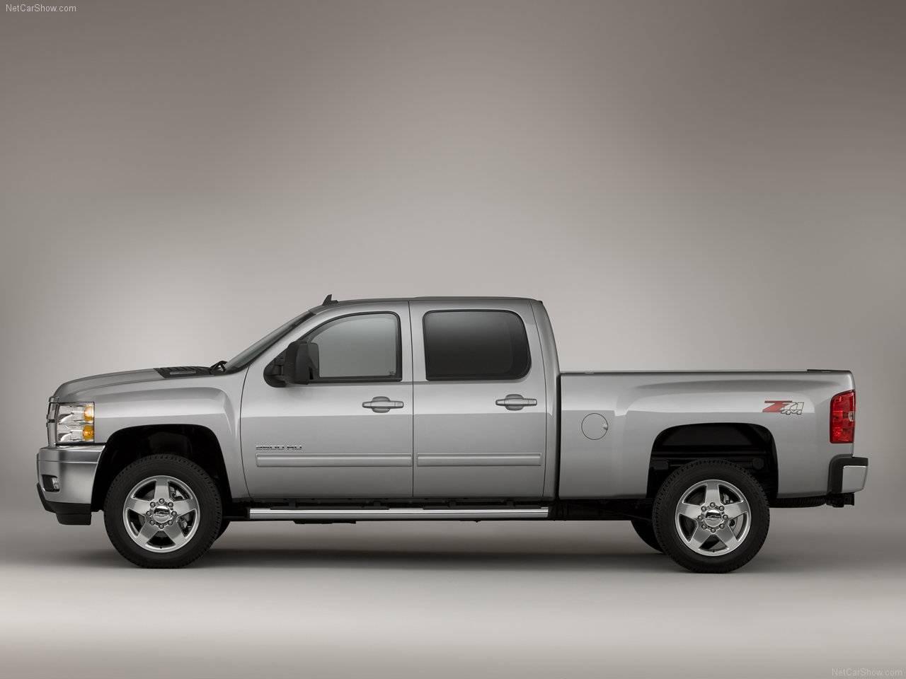 Super camionetas: Chevrolet Silverado 2011 & Silverado 3