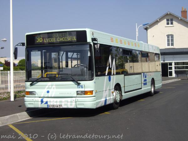 Présentation des bus 176%20Heuliez%20GX317%20(mai%202010)%20(3)